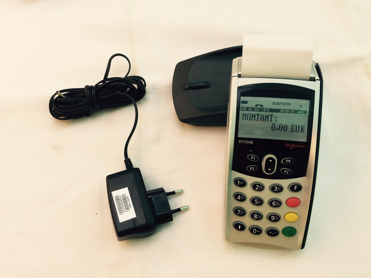 Terminal de paiement portable gprs occasion 195 ht for Mobel occasion